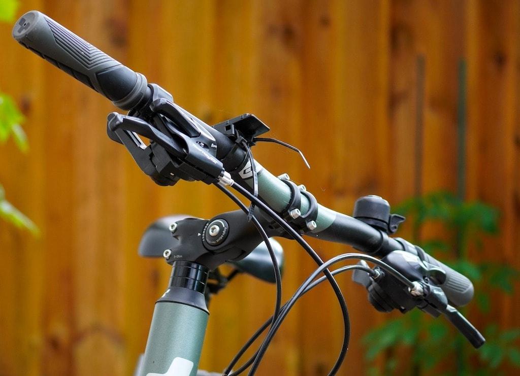 自転車ハンドルグリップ
