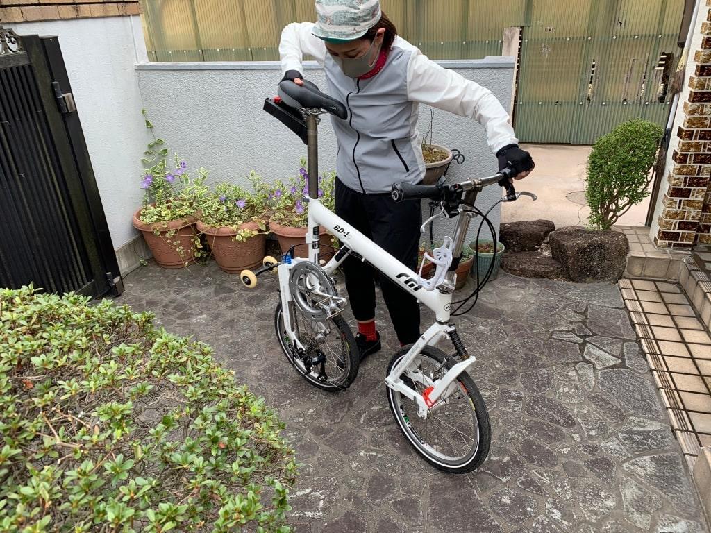 実家で、自転車展開する