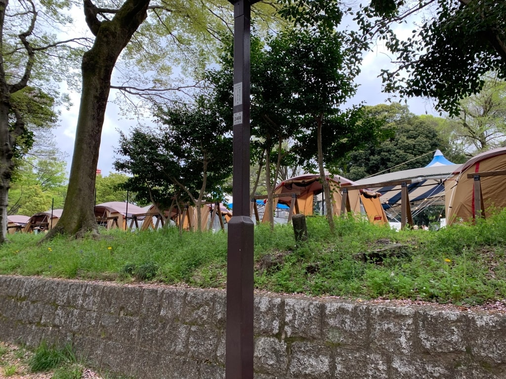 BBQパーク内のテント群
