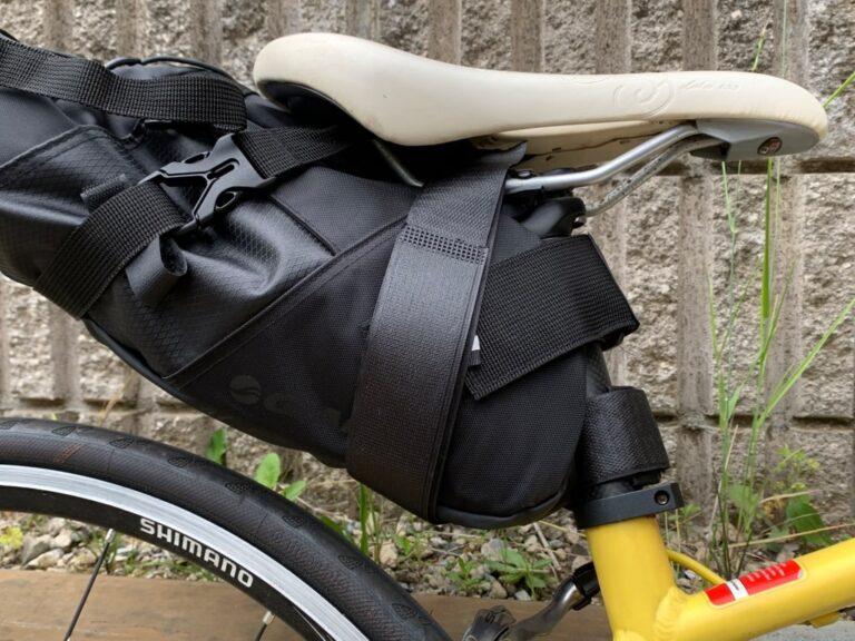 GIANT サドルバッグ 低身長 バックル付き固定ベルト