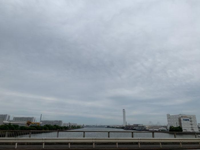 鶴見川 河口0.0キロの先