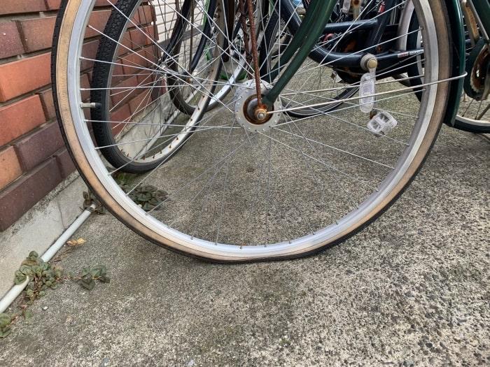 自転車 タイヤ 空気抜け