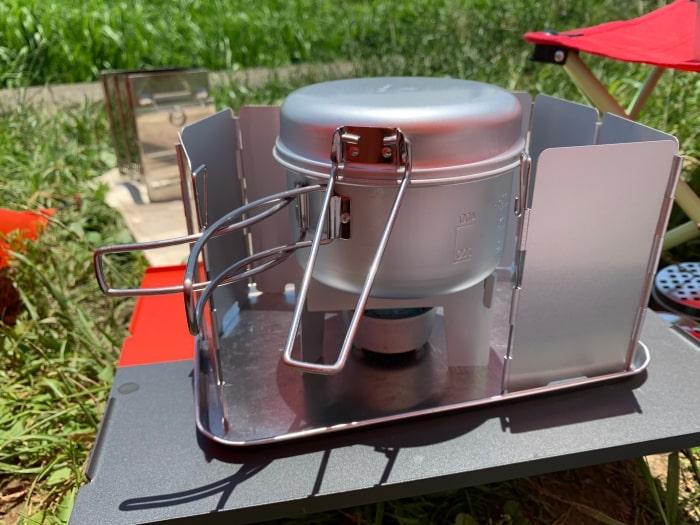 デイキャンプ 炊飯 固形燃料 受け皿 五徳 風防